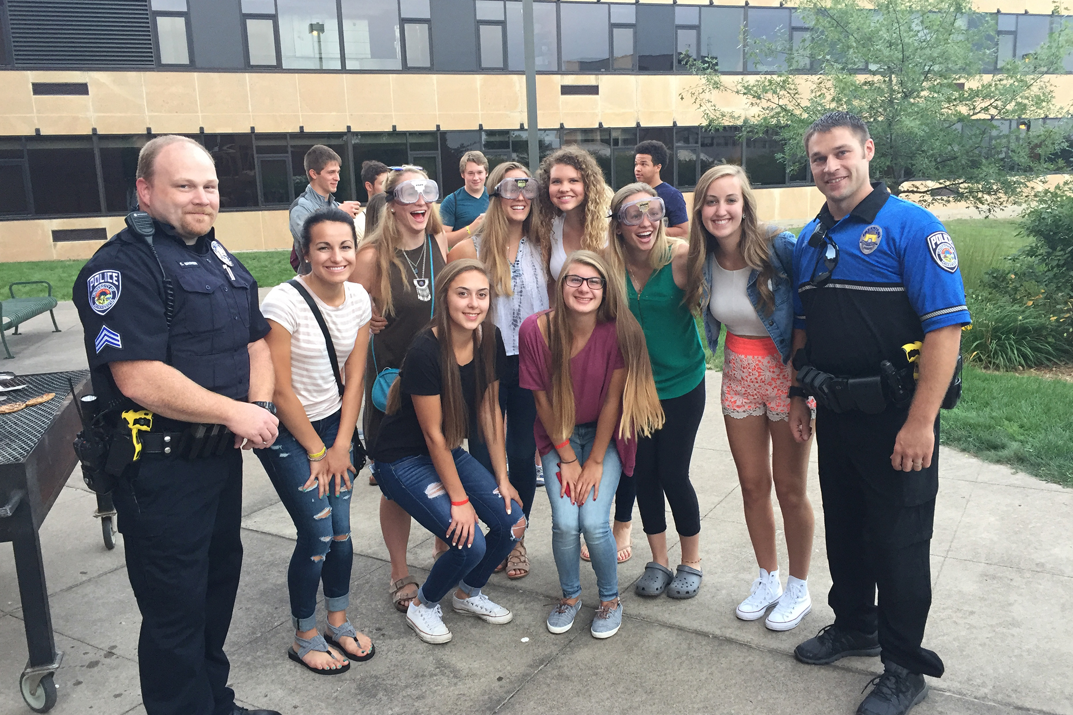 UMDPD officers with students